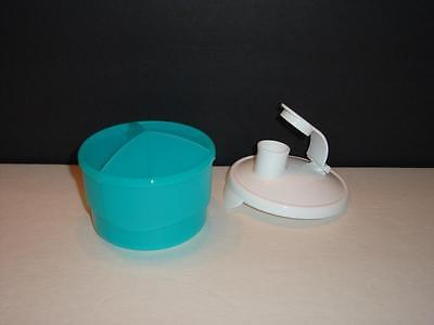 Tupperware Baby Stages Formula Dispenser Divided 3x4oz Areas Pour Seal Blue New