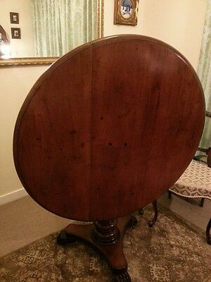 Victorian Antique Tilting Round Pedestal Dining Table