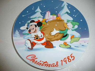 THE DISNEY COLLECTION Limited Edition CHRISTMAS 1985 Commemorative Plate