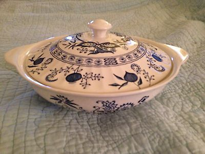 J & G Meakin BLUE NORDIC Round Covered Vegetable Bowl English Ironstone China