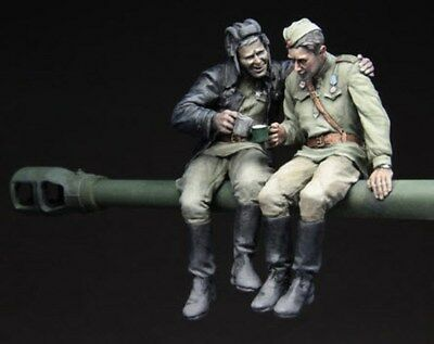 1:35 Red Army Tankers At Rest,1943-45 Resin Figure MODEL KIT DIY COLLECTIBLE ART