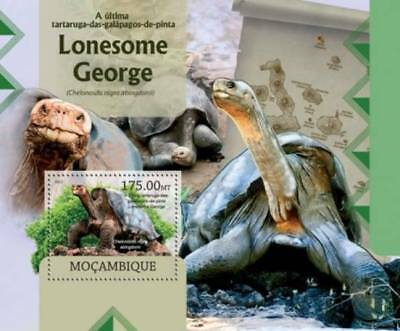 Mozambique - Lonesome George Galapagos Turtle - Stamp Souvenir Sheet 13A-1033