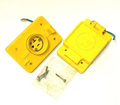 Lot Of 2, Daniel Woodhead Watertight Receptacle Boxes, 60W33 And 70-0210