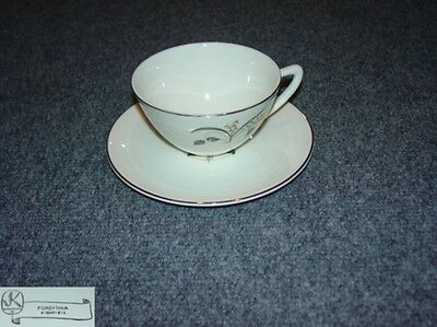 Edwin Knowles Forsythia 4 Cup and Saucer Sets - New