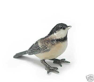 R182 - Northern Rose Minature- Black-Capped Chickadee
