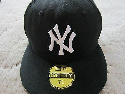 NEW YORK YANKEES Hat CAP ERA Mens 7 3/8 59FIFTY Fitted CLASSIC Wool BLACK