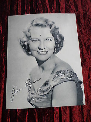 Joan Regan - Music Artist - 1 Page  Picture- Clipping/cutting
