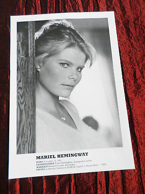Mariel Hemingway- Film Star - 1 Page  Picture- Clipping/cutting