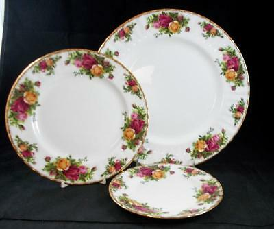 Royal Albert OLD COUNTRY ROSES Dinner, Salad, Bread & Butter Plates A+ CONDITION