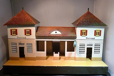 Märklin 1 gauge old 2032 Railway station with Middle passage used &