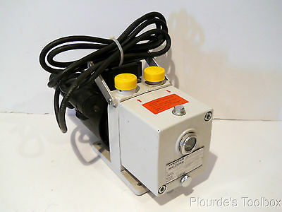 Used Pfeiffer Balzers Dual Stage Rotary Vane Pump DUO 1.5A, PK D40 703 B K 5225