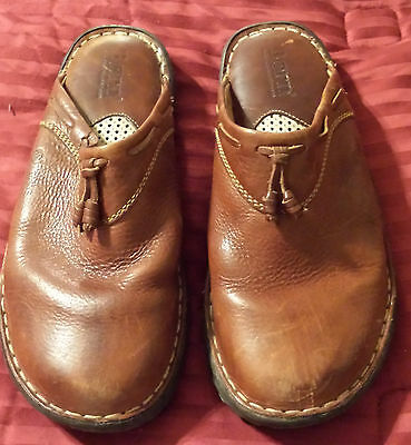 BORN Brown Leather Clogs Mules Slides Women Shoes Comfortable 7 / 38 Gently Used