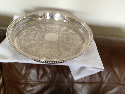 LOVELY DECORATIVE SILVER PLATED CIRCULAR GALLERY TRAY(15.25 DIAMETER ) REF TR777