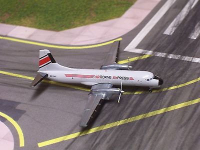 Airborne Express YS-11A-205 1990s Colors N913AX Gemini Jets 1:400 Scale