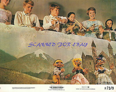 THE SOUND OF MUSIC JULIE ANDREWS MARIONETTE PERFORMANCE GREAT 8X10 PHOTO