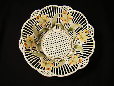 "Hand Painted Porcelain Yellow Daffodil Floral Basket 6 3/4"" top dia 20th c"