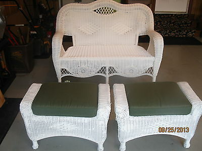 L@@K:  Price just reduced to sell!!  Mixed Wicker/Resin Loveseat and Ottoman Set