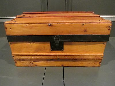 19TH CENTURY DOLL STEAMER TRUNK VINTAGE VICTORIAN FLAT TOP DOLL CHEST WITH KEY