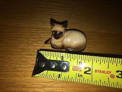 MINIATURE SIAMESE Mother Cat And Three Mini Kittens PORCELAIN FIGURINES