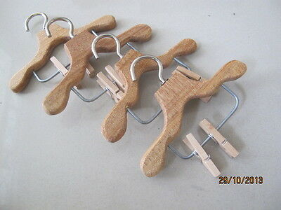 4 Wood Doll Hangers wt spring cothespins clips on for Blythe Dress Coat Cloth C
