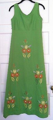 Vintage 1970'S Long Maxi Dress Embroidered Flowers Festival Reenactment 70's