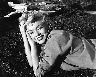 492 MARILYN MONROE Black & White 8.5 x 11 Glossy Picture Photo  NOT 8 X 10