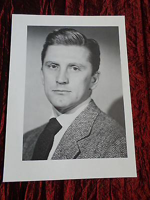 Kirk Douglas- Film Star - 1 Page  Picture- Clipping/cutting -#1