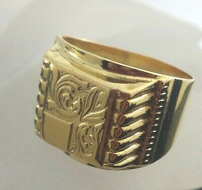 18 K Solid Gold Handcrafted with Antique Victorian Pattern Signet Ring  Size 10