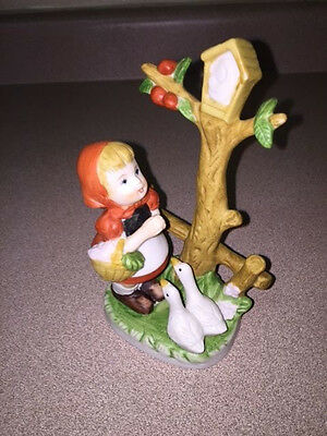 Porcelain Figurine of a Girl with Ducks