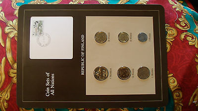 Coin Sets of All Nations Finland 1982 - 1984 UNC  w/card 5 Markkaa 1984 Birds