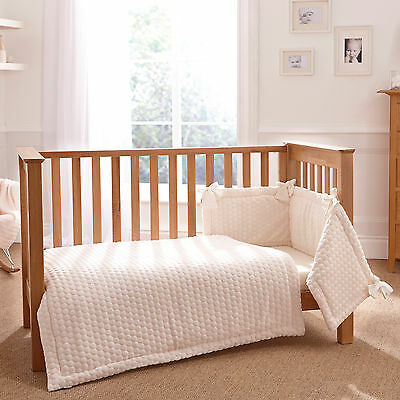 New Clair De Lune Marshmallow Cream  Cot / Cot Bed 3 Piece Bedding Bale Gift Set