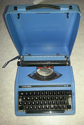 β (MN) Beautiful Stunning Silver Reed SR10 Portable Typewriter