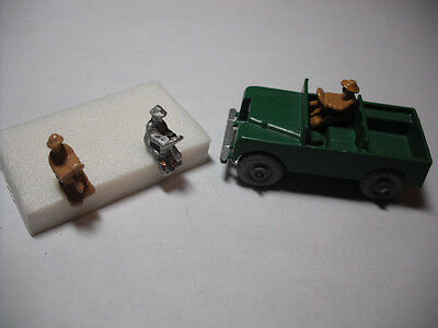 Vintage Matchbox No.12A Land Rover DIECAST REPLACEMENT DRIVER. 'DRIVER ONLY '.