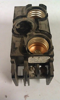 General Electric GE TRC2 TRC 2 Fuse Block - Holds 2 Fuses 30A 120  V100