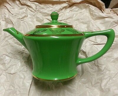Hall's Cleveland Teapot Emerald Green with Gold Trim & Butterflies 0152 6 Cup