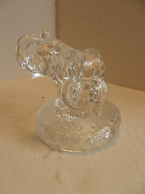Outstanding Vintage Glass  Crystal Mother Elephant Baby