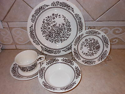 5 pc SET VTG CAVALIER IRONSTONE ROYAL CHINA DINNER PLATE BOWL CUP BROWN FLOWER