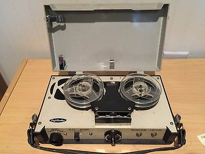 Vintage Fuji Cherry Super Deluxe Transitor Reel to Reel Tape Recorder - 1965