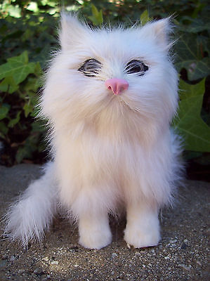 White Furry Kitty Cat collectible figurine that MEOWS Birthday Party Gift