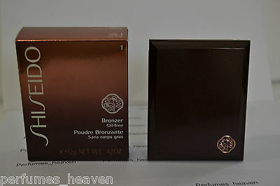 Shiseido Bronzer Oil Free #1 Light  Mirror Compact with Brush New With Box