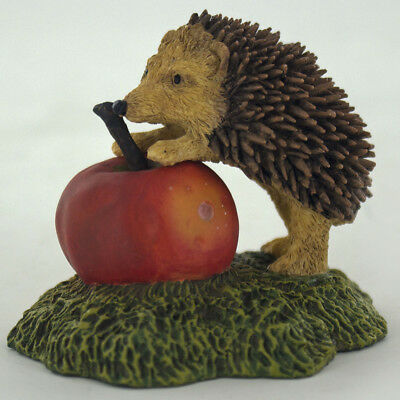 Hedgehog With Apple Sculpture Animal Figurine Farm Gift Small Hand Painted 04032
