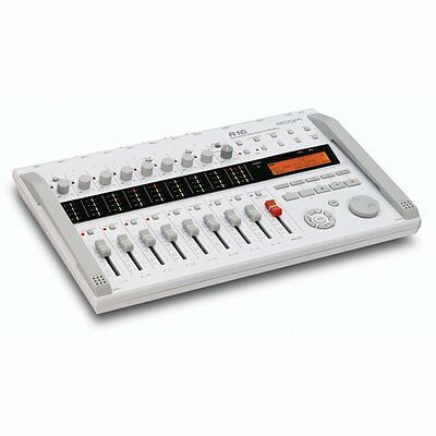 Zoom R16 Recorder/Interface/Controller B-Stock with Full Warranty