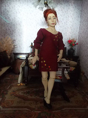 Wearable woman evening dress for 1:12 scale doll house dolls