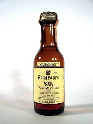 Miniature Dated 1969 Seagrams VO Canadian Whisky Isle of Wine