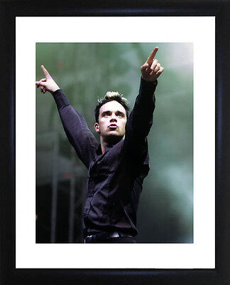 Robbie Williams Framed Photo CP0423