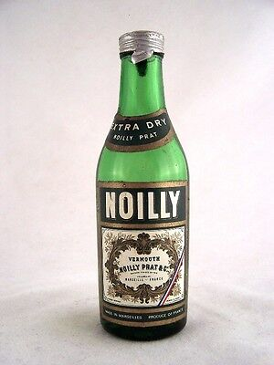 Miniature circa 1979 Noilly Prat Extra Dry Isle of Wine