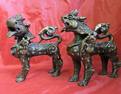 VINTAGE PAIR OF Chinese Royal Feng Shui Brass Evil Door Guardian Fu Foo DOG LION