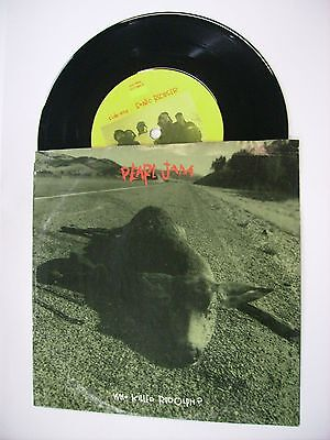 """Pearl Jam - Who Killed Rudolph? - Rare 7"""" Vinyl Excellent Condition 1992 U.s.a."""