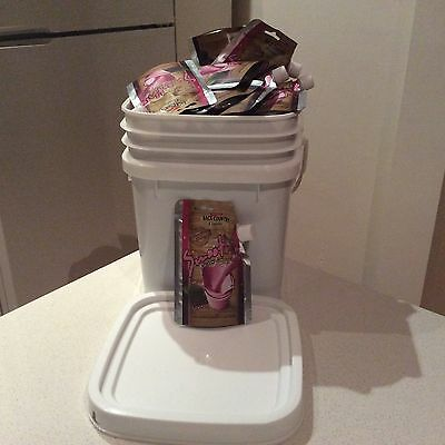BACK COUNTRY CUISINE Freeze Dried Food 20 Pouches BERRY SMOOTHIE in FREE Tub