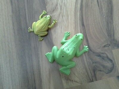 LOT OF 2 VINTAGE CELLULOID FROGS